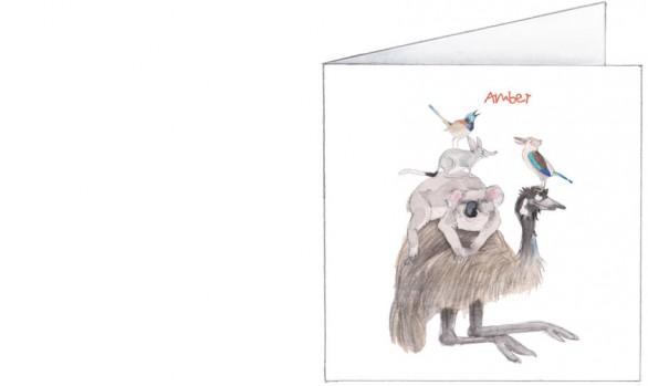 Australische dierenstapel: emoe, koala, buideldas, kookaburra en een roodvleugelelfje| voorkant